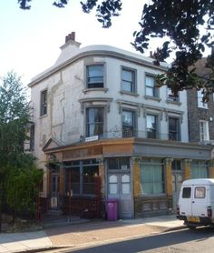Lost pubs of London: The Britannia, Cable Street
