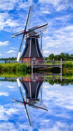 Windmill in Kinderdijk, Holland ~ The Netherlands