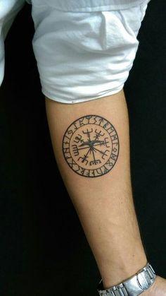 12 tatuajes vikingos y su significado - Diseño