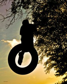 Tire swings are surprisingly versatile photography subjects. Their doughnut shape makes their silhouettes eye-catching, especially in black and white or sunset photos. Summer Summer Summertime, Summer Baby, Summer Time, Tire Swings, Summer Memories, Childhood Memories, Light Of Life, Summer Feeling, Sunset Photos