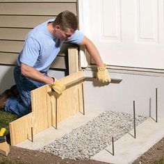 We'll walk you through the complete step-by-step process for laying out, designing, and building concrete steps. Poured Concrete Patio, Concrete Porch, Concrete Stairs, Diy Concrete, How To Lay Concrete, Smooth Concrete, Concrete Footings, Stained Concrete, Patio Stairs