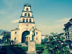 Iglesia de Nuestra señora de Santa María. Cangas de Onis.