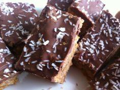 Ruokasurffausta: Helpot ja nopeat suklaiset maapähkinävoipalat