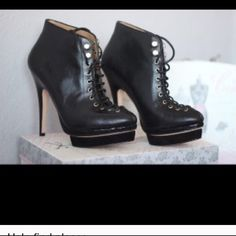 Ankle boot Ann Taylor 7.5 Awesome boots Ann Taylor Ann Taylor Shoes Ankle Boots & Booties