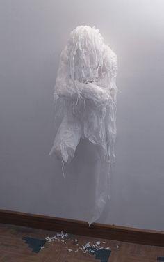 Using trash bags, unused grocery bags and plastic sheets, Pakistani artist Khalil Chishtee creates life-sized figures wracked with emotion.  via nezart design