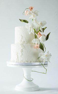 Cattleya sugarflower cake - Cake by linavebercake