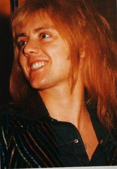 Roger Taylor in Japan, March Queen Drummer, Drummer Boy, Brian May, John Deacon, Freddie Mercury, Great Bands, Cool Bands, Adam Lambert, Kurt Cobain