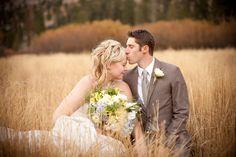Fall wedding photo o