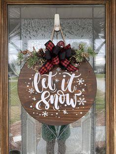 Wooden Door Signs, Front Door Signs, Wood Signs, Porch Signs, Christmas Signs Wood, Christmas Decorations, Christmas Door Hangers, Christmas Vinyl, Christmas Wreaths To Make