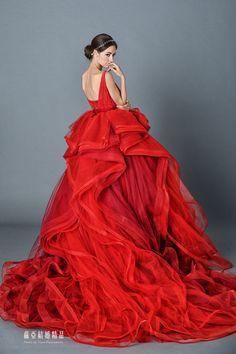 秋醒。紅豔 - Dresses / Formal Wedding - TaipeiRoyalWed.tw 台北蘿亞結婚精品