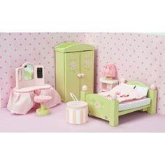 Habitación de los papás: muebles para casa de muñecas en El País de los Juguetes
