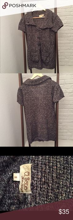 Adorable Short Sleeve Sweater Jacket This sweater jacket has short sleeves and buttons up. It's perfect for fall. Gently used. Great condition-no flaws. Ci Sono Sweaters Cardigans