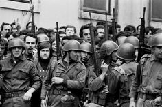 Alfredo Cunha History Of Portugal, Che Guevara, Dads, Cunha, War, Lisbon, April 25, Fotografia, Photos