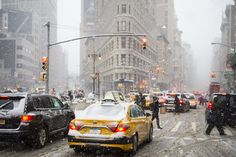 Winter Storm Niko will hit NYC tonight: what you need to know - Curbed NYclockmenumore-arrow : Prepare for nearly a foot of snow