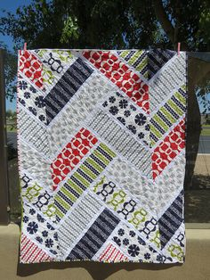 Broken Herringbone Quilt by Sweet Baby Jamie, via Flickr