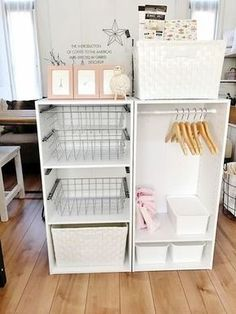 Compact stand alone closet Baby Room Storage, Closet Storage, Diy Storage, Trendy Baby, Diy Home Decor, Room Decor, Diy Simple, Kid Closet, Room Organization