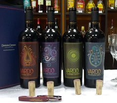 Gama Vardo, Domeniul Coroanei Segarcea Red Wine, Alcoholic Drinks, Marketing, Bottle, Glass, Drinkware, Flask, Corning Glass, Liquor Drinks