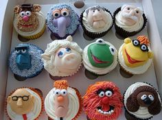 Muppet Cupcakes!  Ohhhh.... these are looking SO good late in the afternoon.  #muppets #foodie