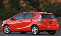 Looking for a new ride? The Toyota Prius c offers customized climate-controlled options, while not sacrificing comfort or technology.  With lots of special standard features designed to make each trip a journey, not an errand, the Toyota Prius c makes it possible for every person in the car – including the driver – to stay safe and secure but comfortable the entire time. http://blog.toyotaofnorthcharlotte.com/2012/n-charlotte-toyota-offers-the-green-toyota-prius-c/