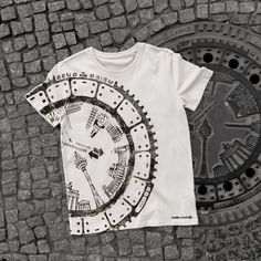 T-shirt made from an imprint from a Berlin manhole cover.