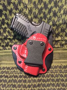 SP Carry Solutions newest line.  Minimal Kydex/leather hybrid holster for a SA XDs9.