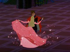 The hair, the dress, the crown... I wish I was sleeping beauty :)