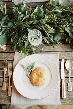 Organic loveliness: http://www.stylemepretty.com/little-black-book-blog/2015/02/05/organic-al-fresco-mediterranean-wedding-inspiration/ | Photography: Mireia Cordomi - http://www.mireiacordomi.com/