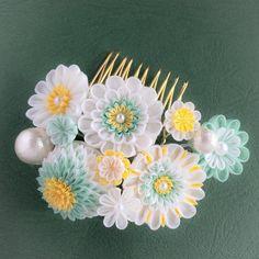 つまみ細工 てまり麩 temarifuさんはInstagramを利用しています:「#つまみ細工 #極細密 #コーム #ヘアアクセサリー #髪飾り #パーティー #ブライダル #結婚式 #二次会 #和装 #洋装 #tsumamizaiku #tsumamikanzashi」