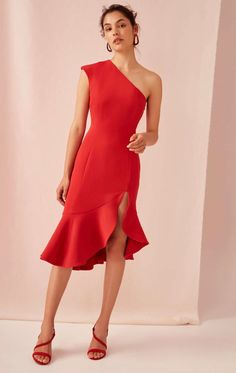Find your perfect bridesmaid dresses at BNKR, with new styles dropping every week from C/MEO Collective, Keepsake The Label, Finders Keepers and The Fifth Label. Nice Dresses, Short Dresses, Formal Dresses, Dress Skirt, Dress Up, Dressing Mirror, Vogue, Dresses Australia, Fashion Outfits