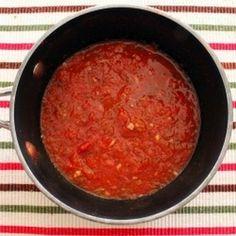 Homemade Tomato Sauce full recipe at http://recipehub.net/homemade-tomato-sauce/