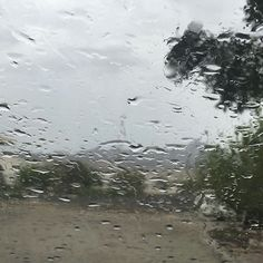 #شبكة_أجواء : #الامارات : امطار #مزيرع الان  من الزميل : يوسف الكعبي