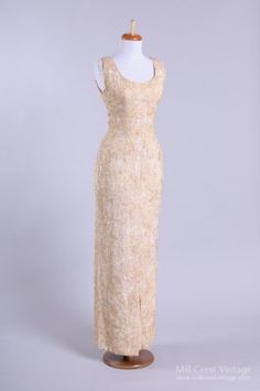 1970's Jeanne Lanvin Couture Vintage Wedding Gown. Love the sleek look in wedding gowns.