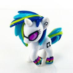 We love this My Little Pony DJ Pon-3 figure! #mylittlepony #mlp #djpon3