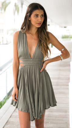 Harlo Dress (khaki)