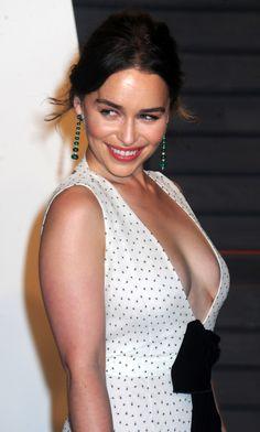 Emilia Clarke. https://www.snapchat.com/add/gentlemanboners