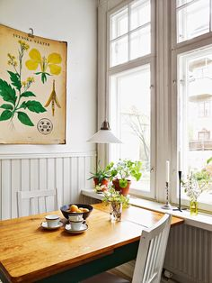 my scandinavian home: A cheerful Swedish home with flashes of bright colours