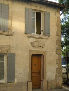 Seriously - the kind of French house I could live in oh yes!!! Bit like mine