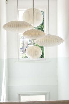 LONDRES : ART ET TRADITION | George Nelson Bubble Lamps | http://modernica.net/lighting/pendant/