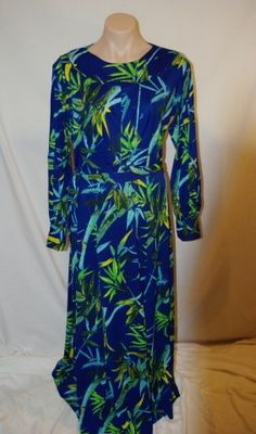 Huge Sale of Vintage and Vintage Inspired Clothing at www.vintagemoi.com.au  This Vintage Maxi Dress is Acland Brand Bamboo print 126cms long. Old size 14. Modern size 12. On Sale $15