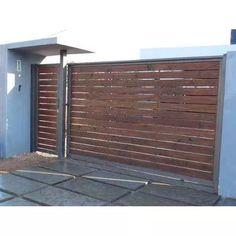 Portones Hierro Y Madera. - $ 1,00 House Gate Design, Fence Design, Door Design, Front Gates, Entrance Gates, Wood Garage Doors, Casas Containers, Sliding Gate, Wooden Gates