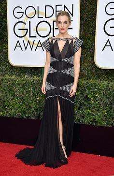 The Golden Globes 2017 Red Carpet: See Every Look | StyleCaster