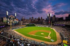The #Yankees vs the #Tigers at #ComericaPark tonight as well.
