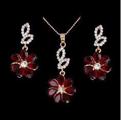 set bijuterii ieftin http://www.bijuteriifrumoase.ro/cumpara/bijuterii-red-shining-flower-1544
