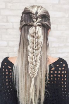 Top 60 All the Rage Looks with Long Box Braids - Hairstyles Trends Box Braids Hairstyles, Pretty Hairstyles, Hairstyle Ideas, Goddess Hairstyles, Updo Hairstyle, Short Hairstyles, Boho Wedding Hair, Wedding Hairstyle, Viking Hair