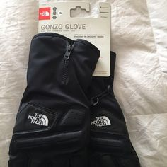 The Northface Gonzo Gloves Brand New. Still attached to packaging. North Face Accessories Gloves & Mittens