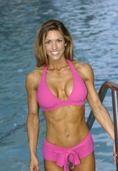 A picture of Heather Green. This site is a community effort to recognize the hard work of female athletes, fitness models, and bodybuilders. Fitness Inspiration, Modelos Fitness, Model Training, Workout Memes, Heather Green, Back And Biceps, Muscular Women, Muscle Girls, Muscle Fitness