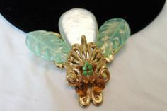 LARGE RARE VTG MIRIAM HASKELL FAUX BAROQUE PEARL GLASS INSECT BUG BEE BROOCH PIN