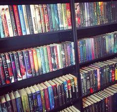 Dream Library, Beautiful Book Covers, Life Plan, Book Aesthetic, Shelfie, Book Nooks, Book Nerd, Bookshelves, Books To Read