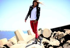 5 minutes with: Super Surfer Sally Fitzgibbons for Urge Footwear - dropdeadgorgeousdaily.com