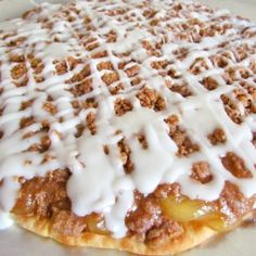 This Easy Apple Dessert Pizza is a quick, sweet dessert pizza that my family loves! Easily switch out the pie filling for any flavor you love!